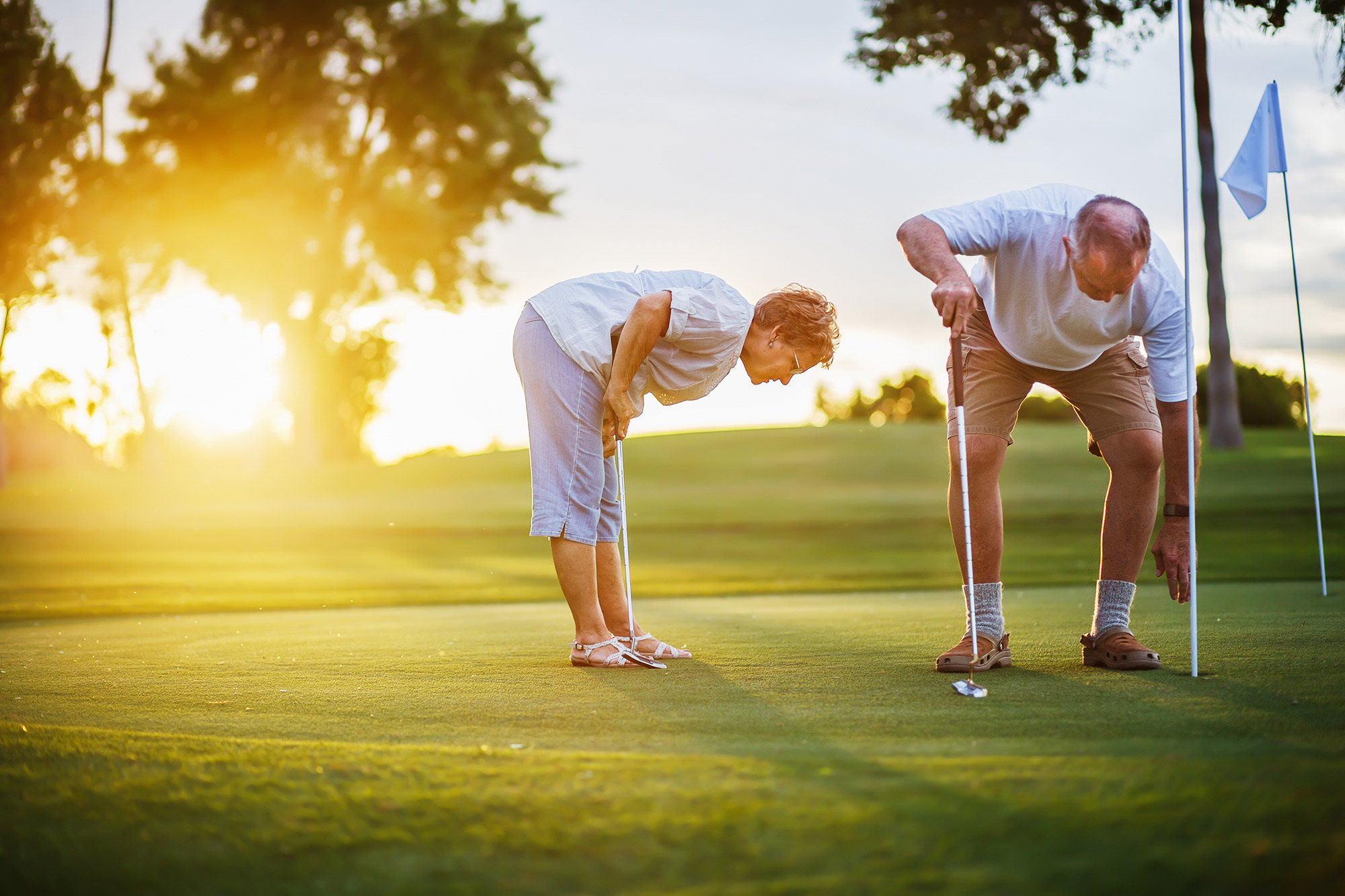 Getting back in the swing: GPs urged to refer older patients for golf lessons